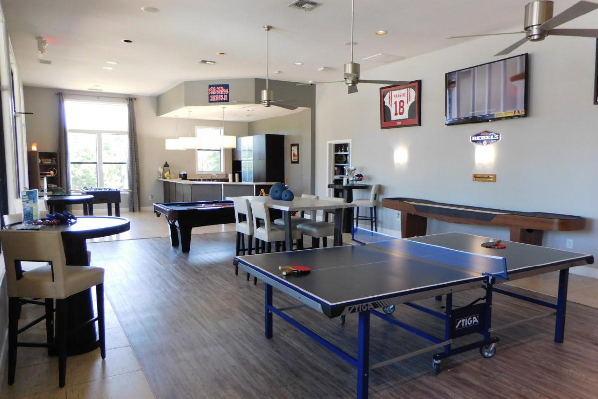 clubhouse-ping-pong.jpg